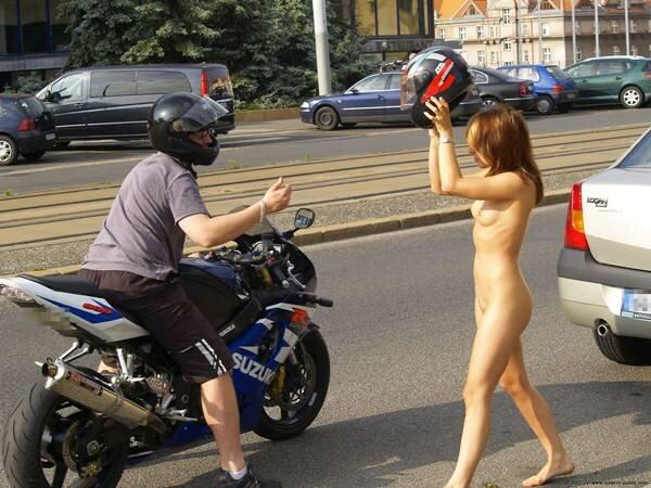 Почему без шлема?!. Фотографии