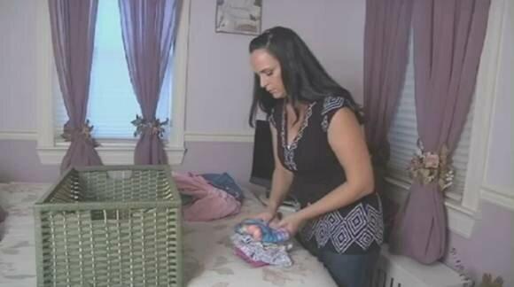 На порносайтах разместили видео кормления грудью. Фотографии