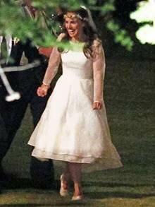Скромная еврейская свадьба Натали Портман в белом платье. Фотография