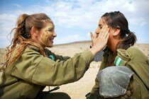 Прекрасная половина армии Израиля