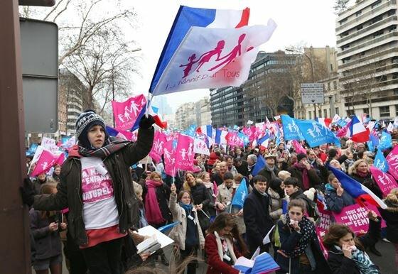 Протесты в Париже против однополых браков. Фотографии