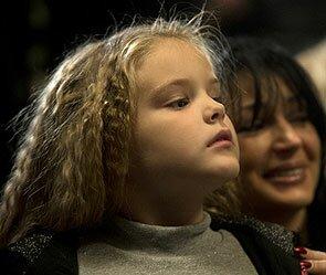 Пятилетнюю дочь Абдулова взяли в театр