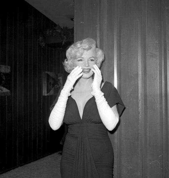 Marilyn Monroe (7) (571x600, 30Kb)