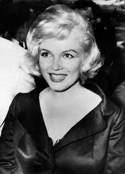 Marilyn Monroe (55) (432x600, 32Kb)