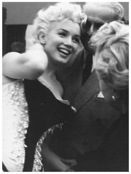 Marilyn Monroe (78) (450x600, 32Kb)