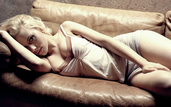 Scarlett Johansson10 (600x375, 39Kb)