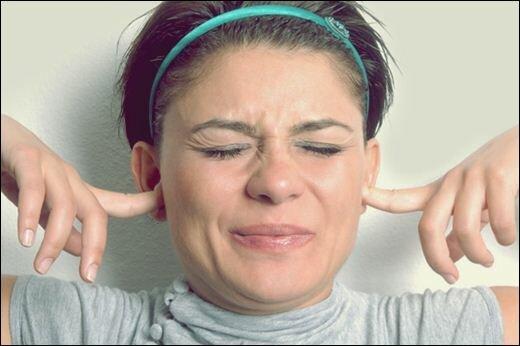 Женщины очень чувствительны к шуму в состоянии стресса