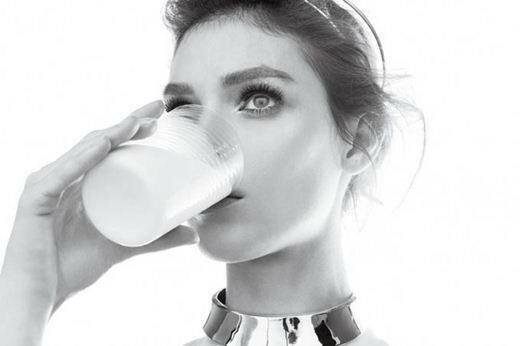 Черно белые фото Кэти Нешер в WSJ Magazine. Фотографии