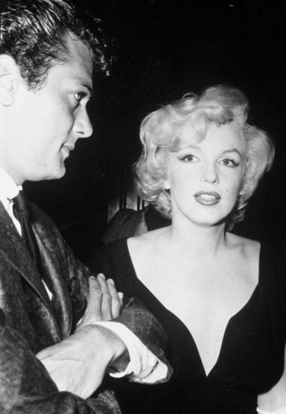 Marilyn Monroe (66) (415x600, 28Kb)