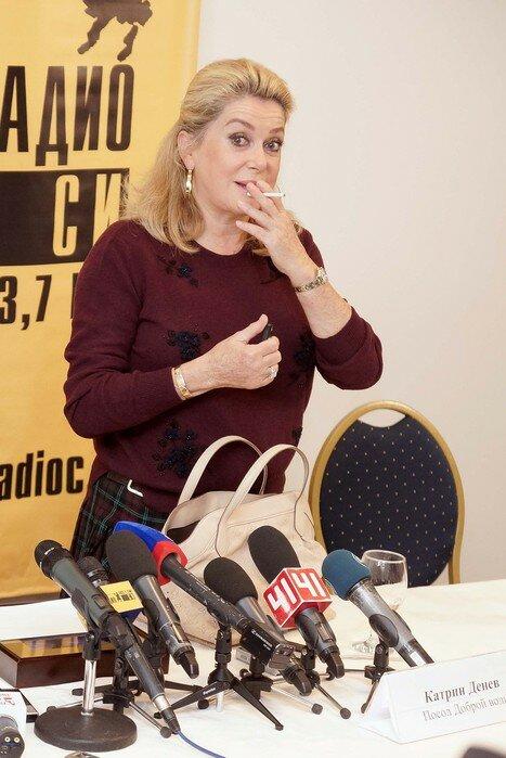 Фотофакт. Катрин Денев в Екатеринбурге