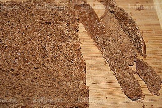 Хлебный рулет с сыром и форелью