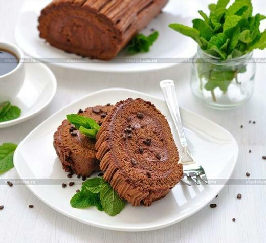 Очень вкусный и нежный шоколадный рулет Кулинарный рецепт