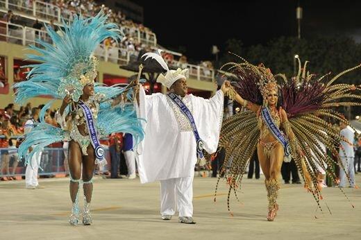 Король открыл карнавалы в Бразилии. Фотографии карнавала в Рио 2017