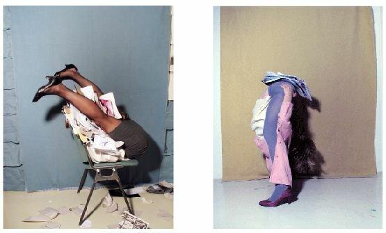 Неестественные позы офисных работниц. Фотографии