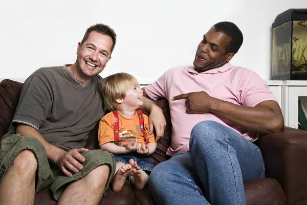 Гей семьи тянут своих детей на дно (цитата).