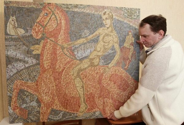 Игорь Аринич. Коллаж из трех тысяч советских банкнот. Фотографии