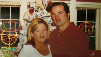 Мужчина убил свою жену ради новости на Facebook. Фотографии
