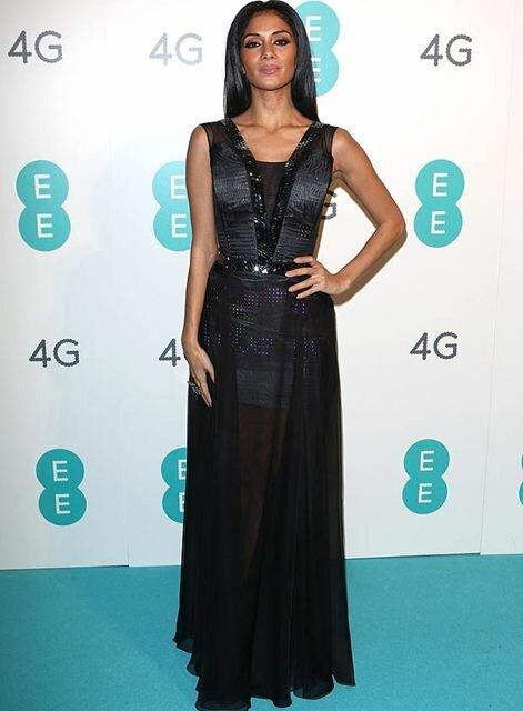 Высокотехнологическое платье-твиттер Николь Шерзингер